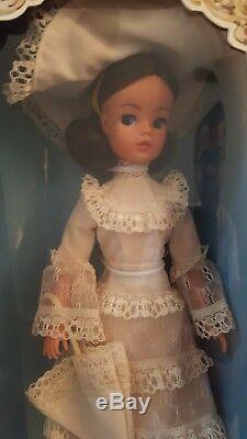 1977 SINDY Royal Occasion Doll Pedigree dolls NIB Very Rare Collectible