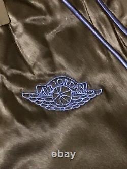 Air Jordan 1 Wings Royal Satin Jacket AA0350-010 Size Large VERY RARE