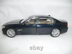 BMW 7er F02 750 LI IMPERIAL BLUE 118 KYOSHO DEALER VERY RARE 804300445172