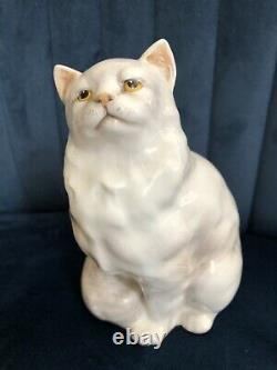 Royal Doulton Cat Persian Seated Hn 2539 Style One White Gloss Perfect Very Rare