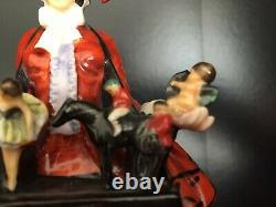 Royal Doulton Sketch Girl in excellent condition This is a very rare piece
