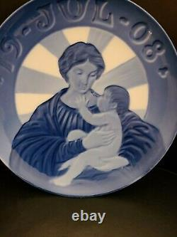 Very Rare 1908 Royal Copenhagen Christmas Plate Madonna and Child Limited