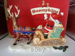 Very Rare Dashing Through The Snow Bunnykins Db422 Royal Doulton Christmas