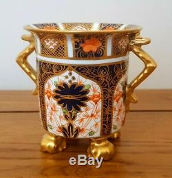 Very Rare Royal Crown Derby Imari 1128 TWIN HANDLED FOOTED VASE c. 1928