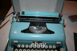 Vintage Royal Futura 600 Typewriter Aqua Blue withCase VERY Clean RARE